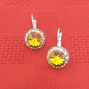 Honey color Swarovski Crystals earrings.